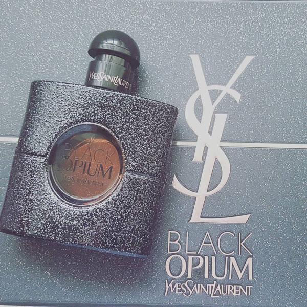 ادو پرفیوم زنانه ایو سن لوران Black Opium حجم 90 میلی لیتر