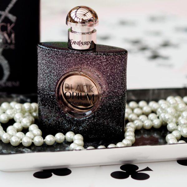 ادو پرفیوم زنانه Black Opium Nuit Blanche ایو سن لوران حجم 90 میلی لیتر